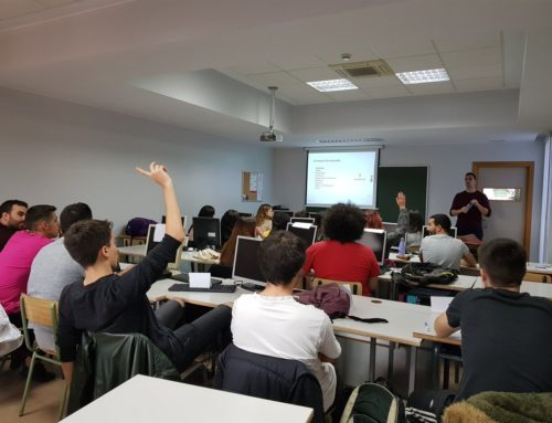Clase de 2º de marketing con proyectos reales