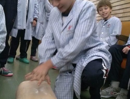 Taller de primeros auxilios en 6º de primaria