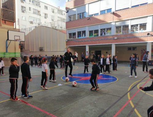 Clinic del Zaragoza Club de Fútbol Femenino, alumnos de 3º y 5º de Primaria