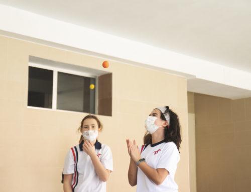 Ed. física en Primaria malabares y creación de pelotas